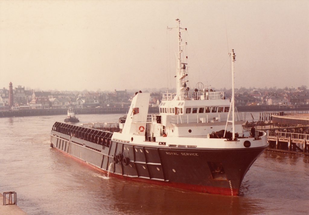 mv Royal Service